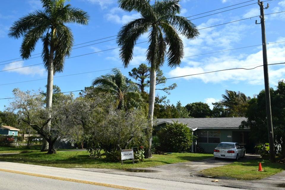 Dúplex por un Venta en 2694 SE Indian Street 2694 SE Indian Street Stuart, Florida 34997 Estados Unidos