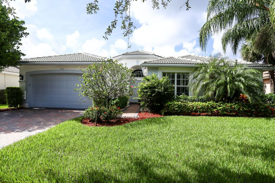 7904 Amethyst Lake Point  Lake Worth, FL 33467
