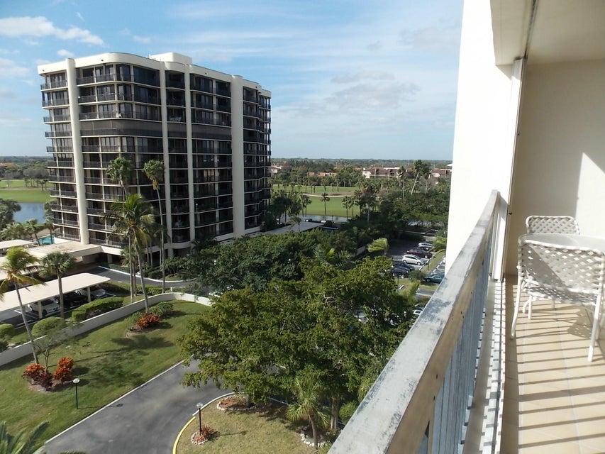 2425 Presidential Way 705 West Palm Beach, FL 33401 photo 16