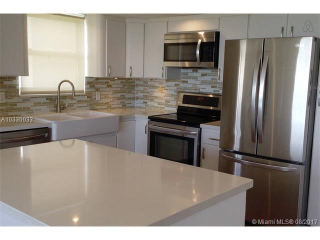 Condominium for Sale at 1351 NE Miami Gardens Drive # 825 E 1351 NE Miami Gardens Drive # 825 E Miami, Florida 33179 United States