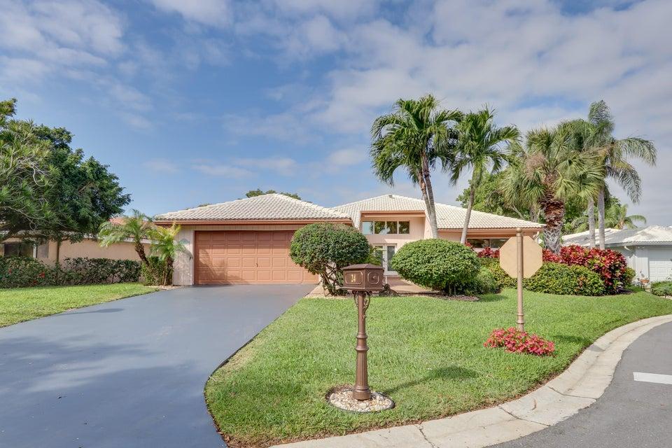 24 Estate Drive  Boynton Beach FL 33436