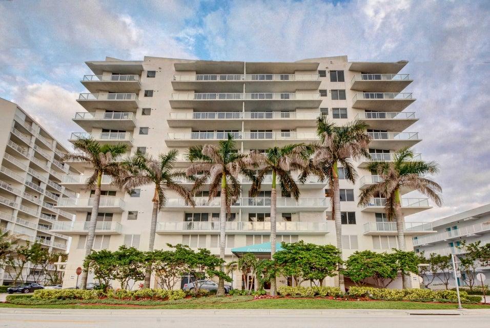 共管式独立产权公寓 为 销售 在 704 N Ocean Boulevard # 1004 704 N Ocean Boulevard # 1004 波姆庞帕诺滩, 佛罗里达州 33062 美国