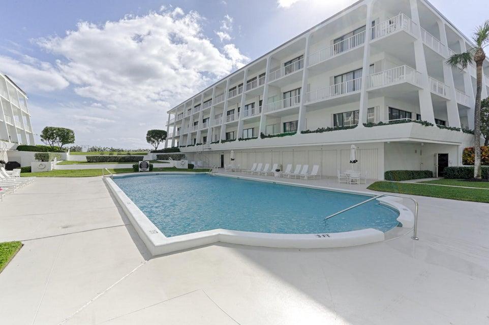 Кондоминиум для того Продажа на 2275 S Ocean Boulevard # 105 N 2275 S Ocean Boulevard # 105 N Palm Beach, Флорида 33480 Соединенные Штаты