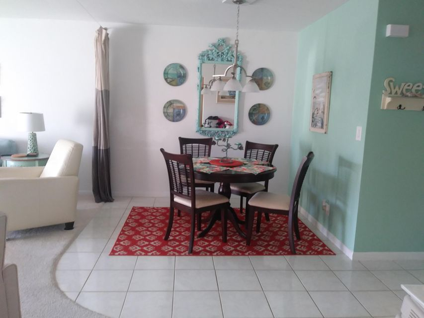 Additional photo for property listing at 331 SW 8th Street 331 SW 8th Street Boca Raton, Florida 33432 United States