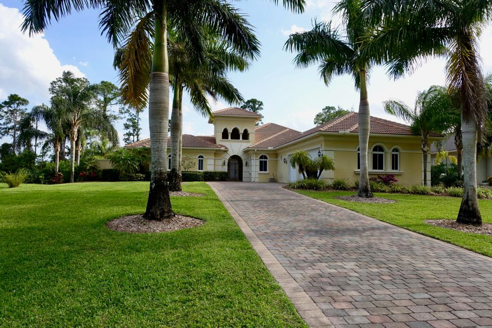 Single Family Home for Rent at 10496 SW Fiddlers Way 10496 SW Fiddlers Way Palm City, Florida 34990 United States