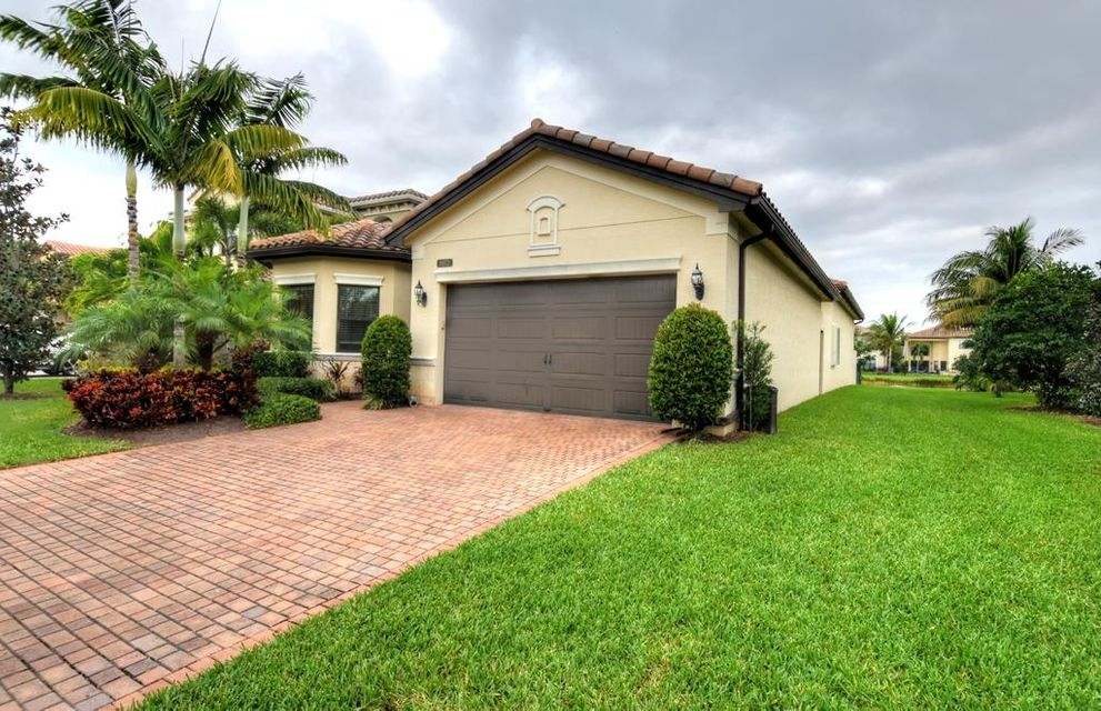 8973 Little Falls Way  Delray Beach FL 33446