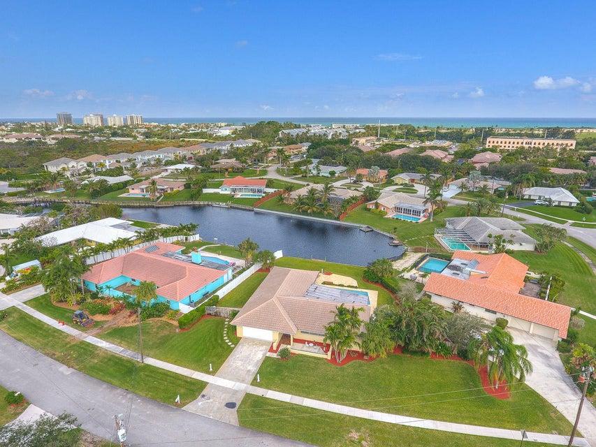 Home for sale in Juno Isles Juno Beach Florida