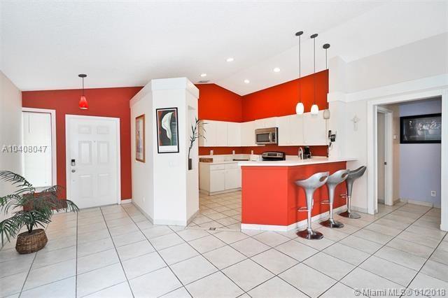 608 Se Walters Terrace