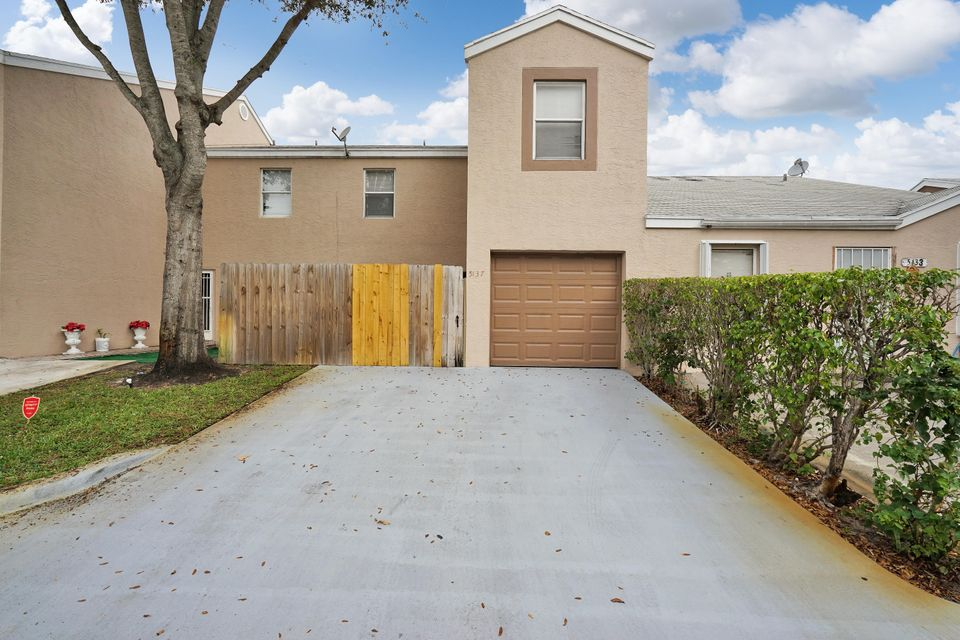 Home for sale in PINE GLEN AT ABBEY PARK 1 West Palm Beach Florida
