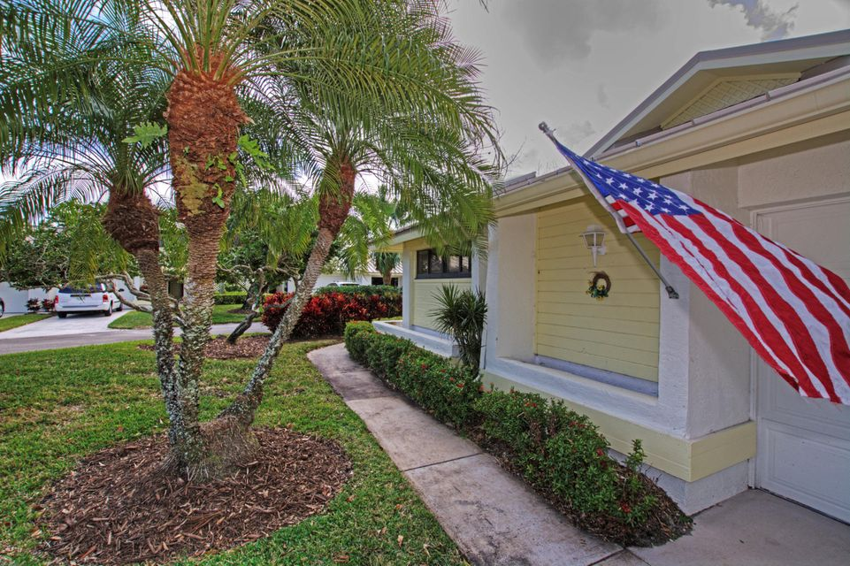 5663 Foxcross Place Stuart,Florida 34997,2 Bedrooms Bedrooms,2 BathroomsBathrooms,A,Foxcross,RX-10400390