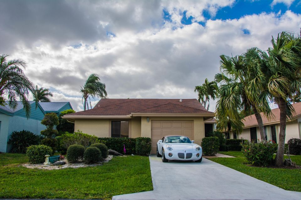 Single Family Home for Sale at 2550 NW 13th Street 2550 NW 13th Street Delray Beach, Florida 33445 United States