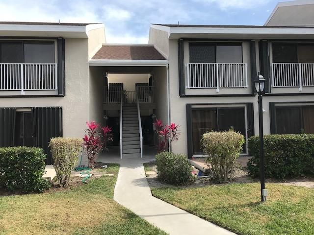 Condominium for Sale at 3212 S Lakeview Circle # 10204 3212 S Lakeview Circle # 10204 Hutchinson Island, Florida 34949 United States