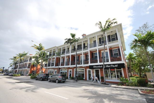 Townhouse for Sale at 2364 Wilton Drive 2364 Wilton Drive Wilton Manors, Florida 33305 United States