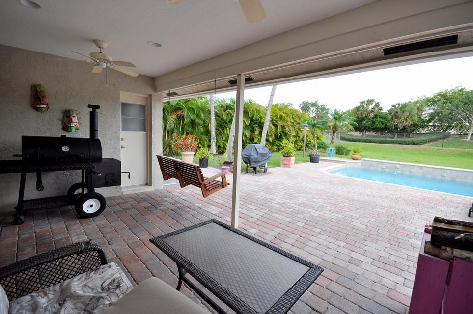 207 Bilbao Street Royal Palm Beach, FL 33411 small photo 15