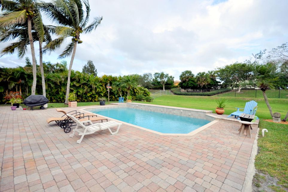 207 Bilbao Street Royal Palm Beach, FL 33411 photo 17