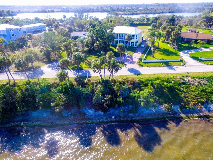 Additional photo for property listing at 5109 S Indian River Drive 5109 S Indian River Drive Fort Pierce, Florida 34950 Vereinigte Staaten