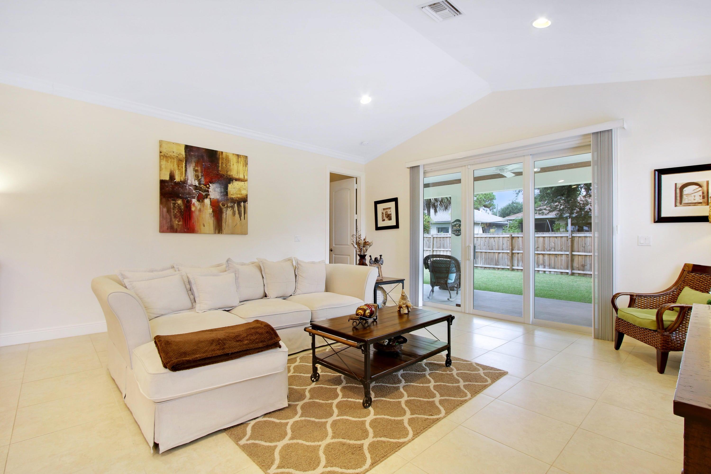 Additional photo for property listing at 17707 Cinquez Park Road 17707 Cinquez Park Road Jupiter, Флорида 33458 Соединенные Штаты