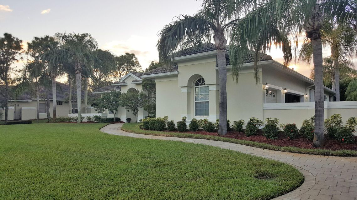 Additional photo for property listing at 5068 SW Orchid Bay Drive 5068 SW Orchid Bay Drive Palm City, Florida 34990 Estados Unidos