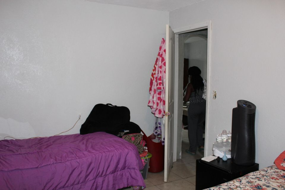 Additional photo for property listing at 908 Avenue A 908 Avenue A Belle Glade, 佛罗里达州 33430 美国