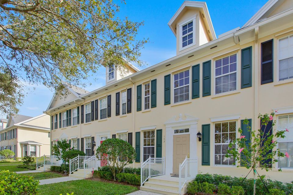 Home for sale in Newhaven At Abacoa Jupiter Florida