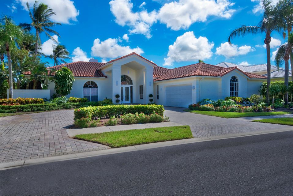 51 Saint George Place , Palm Beach Gardens FL 33418 is listed for sale as MLS Listing RX-10400750 15 photos