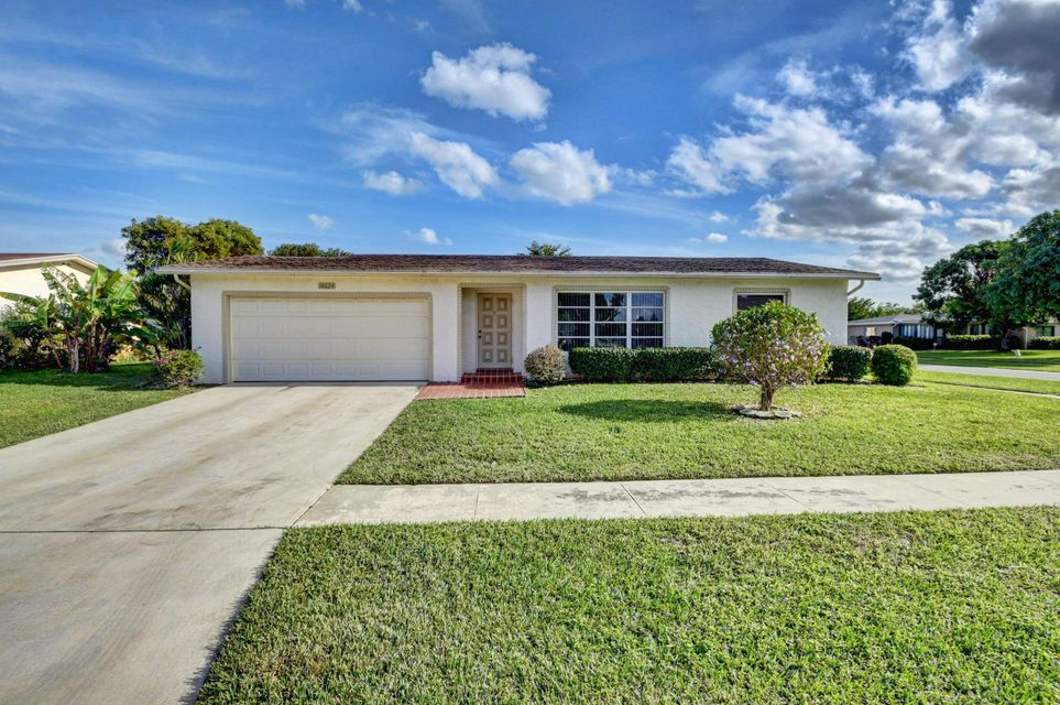 Home for sale in COCO WOOD LAKES SEC 1 Delray Beach Florida