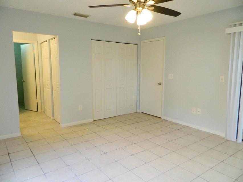 1409 Lakeview Drive 1409 Royal Palm Beach, FL 33411 photo 15