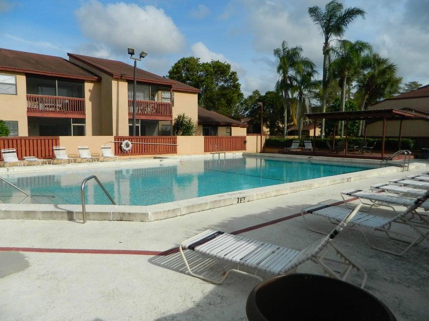 1409 Lakeview Drive 1409 Royal Palm Beach, FL 33411 photo 23