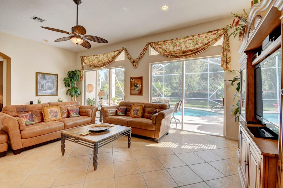 9246 Vercelli Street Lake Worth, FL 33467 photo 7