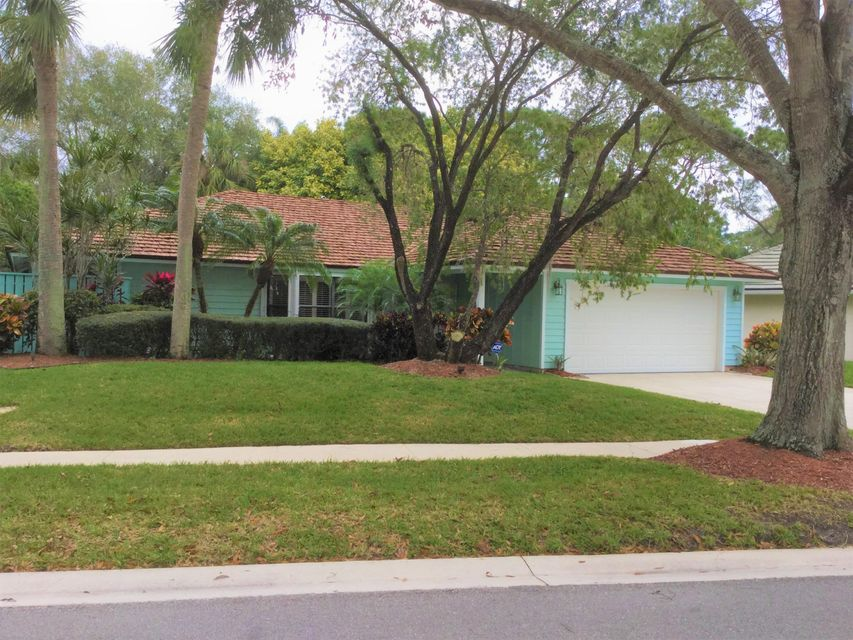 Single Family Home for Sale at 6793 Viewpoint Court 6793 Viewpoint Court Jupiter, Florida 33458 United States