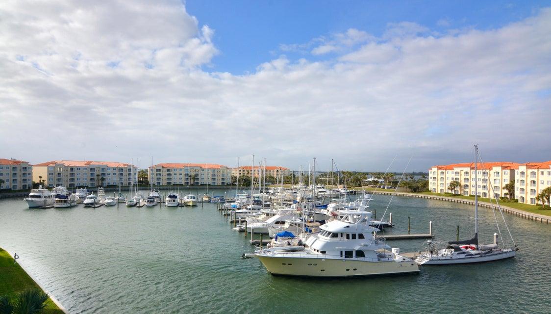 Condominium for Sale at 16 Harbour Isle Drive # Ph5 16 Harbour Isle Drive # Ph5 Fort Pierce, Florida 34949 United States