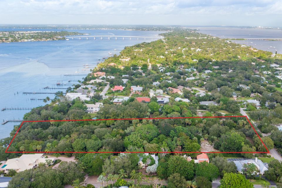 Additional photo for property listing at 114 S River Road 114 S River Road Sewalls Point, Florida 34996 Estados Unidos