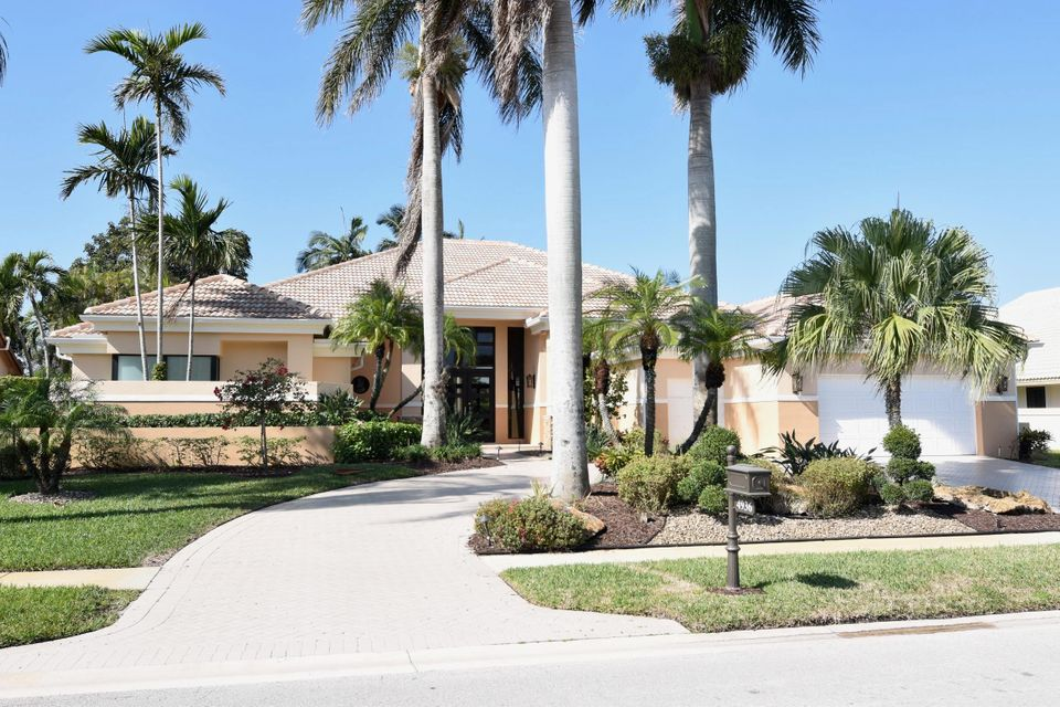 Single Family Home for Sale at 4936 Bocaire Boulevard 4936 Bocaire Boulevard Boca Raton, Florida 33487 United States