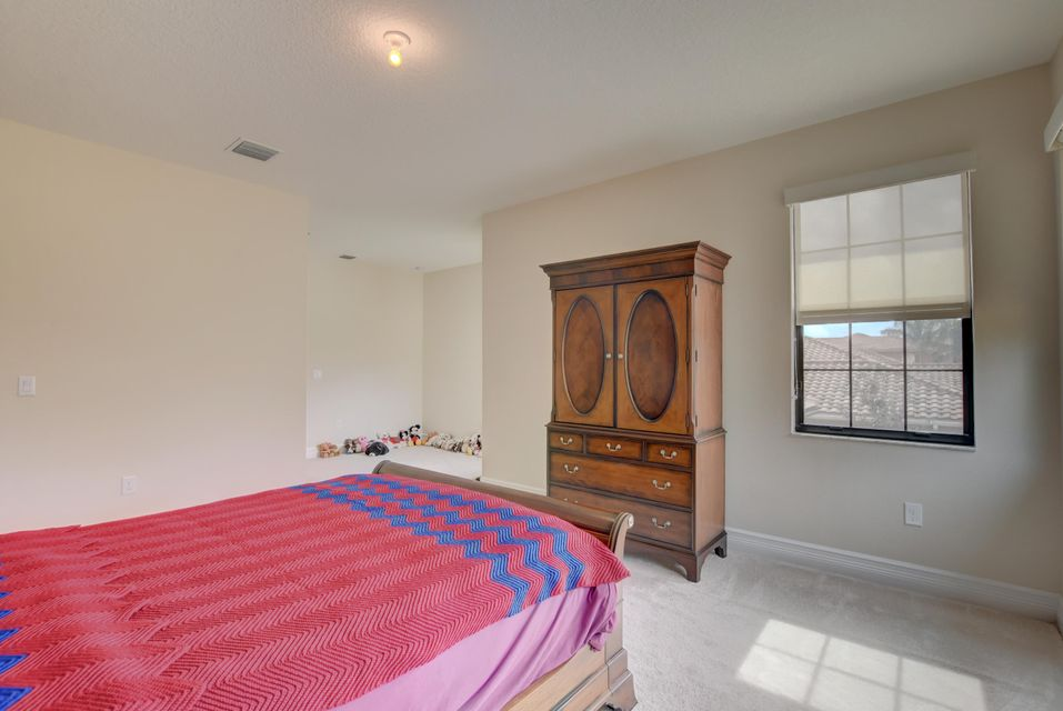 8397 Hawks Gully Avenue Delray Beach, FL 33446 - photo 37