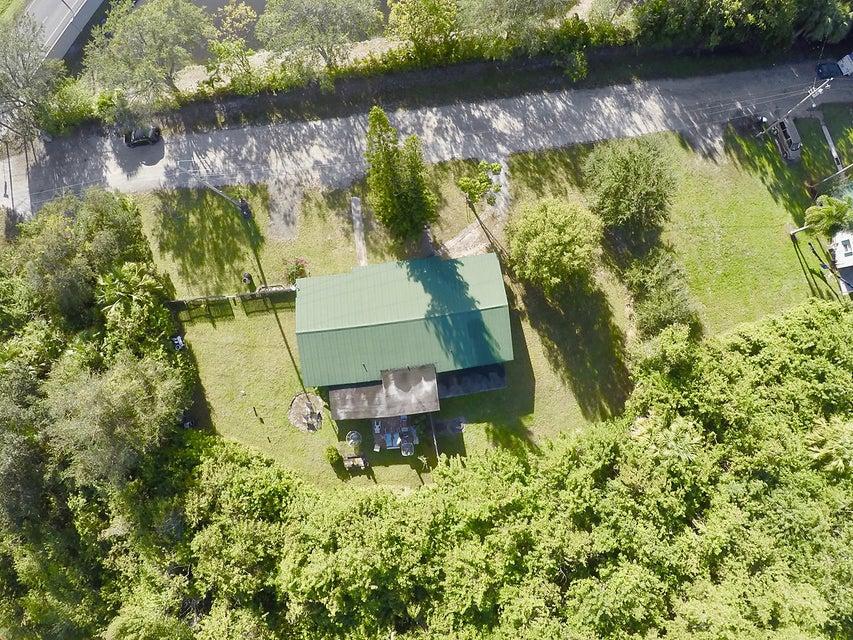 Разнобразная частная недвижимость для того Продажа на 25 SW Stardust Place 25 SW Stardust Place Stuart, Флорида 34997 Соединенные Штаты