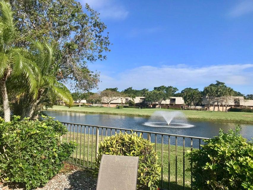 2633 Mohawk Circle West Palm Beach, FL 33409 photo 22