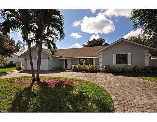Single Family Home for Rent at 4220 Fox Trace 4220 Fox Trace Boynton Beach, Florida 33436 United States