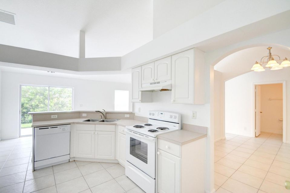 Additional photo for property listing at 9236 159th Court 9236 159th Court Jupiter, Флорида 33478 Соединенные Штаты