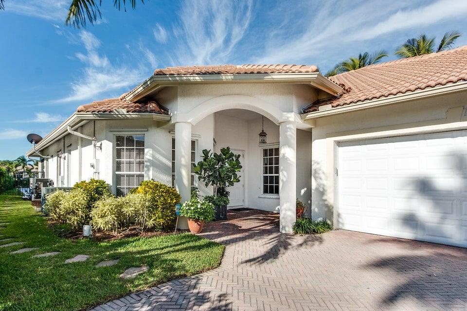 2891 Twin Oaks Way Wellington, FL 33414 photo 2