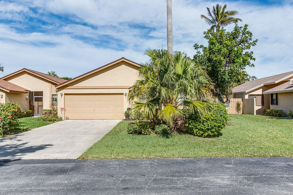 Single Family Home for Sale at 3125 NW 10th Street 3125 NW 10th Street Delray Beach, Florida 33445 United States