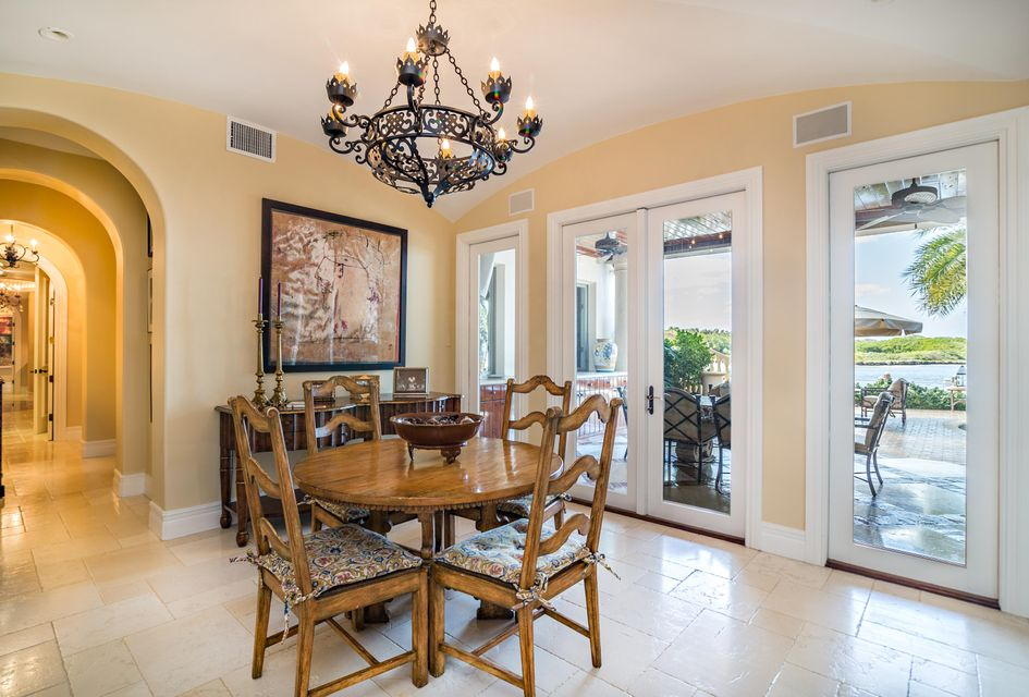 Additional photo for property listing at 3090 S Ocean Boulevard 3090 S Ocean Boulevard Manalapan, Florida 33462 United States
