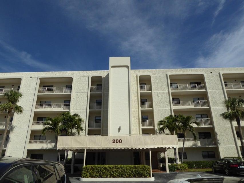 共管式独立产权公寓 为 销售 在 200 Intracoastal Place # 206 200 Intracoastal Place # 206 德贵斯塔, 佛罗里达州 33469 美国