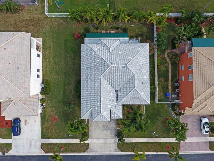 2149 Bellcrest Circle Royal Palm Beach, FL 33411 photo 3