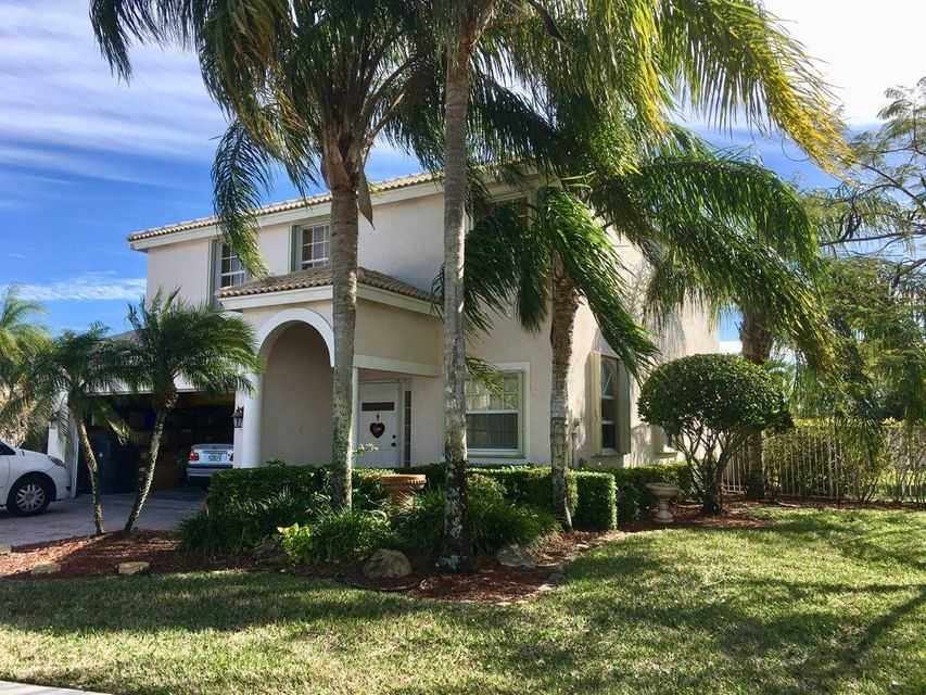 4026 Bluff Harbor Way  Wellington, FL 33449