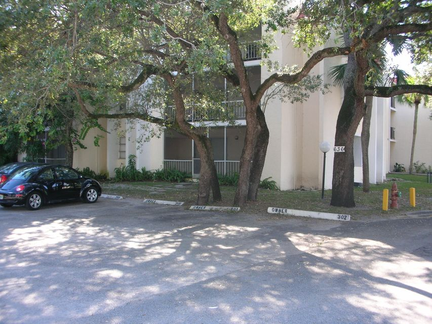 Condominium for Rent at 634 NW 13th Street # 28 634 NW 13th Street # 28 Boca Raton, Florida 33486 United States