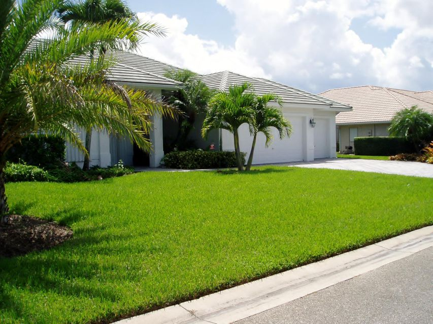 Single Family Home for Rent at 5328 SE Lost Lake Way 5328 SE Lost Lake Way Hobe Sound, Florida 33455 United States