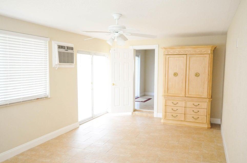 2615 Duke Court Lake Worth, FL 33460 photo 29
