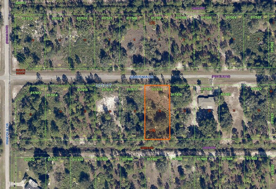 Single Family Home for Sale at 413 Gardenia Drive 413 Gardenia Drive Indian Lake Estates, Florida 33855 United States