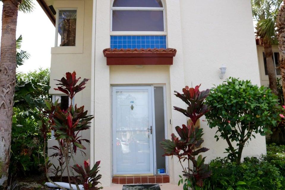 Home for sale in SAN DE VANCE GOLF & TENNIS CLUB CONDO Boca Raton Florida
