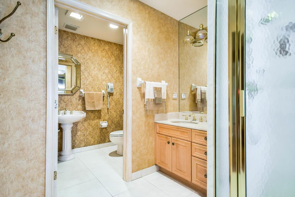 Additional photo for property listing at 2600 Country Lake Trail 2600 Country Lake Trail Boynton Beach, Florida 33436 United States